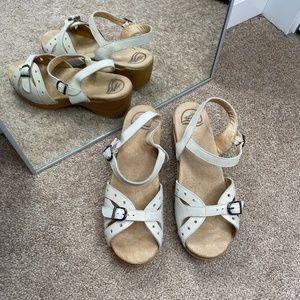 Dansko Sissy Nubuck Sand Colored Sandals Sz 40